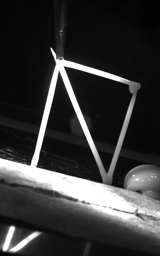 A finished truss structure in zero gravity - detail shot from the IDS camera [Image: AIMIS-FYT]